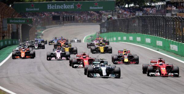 Пилоты на дистанции этапа Гран-при Бразилии Формулы-1