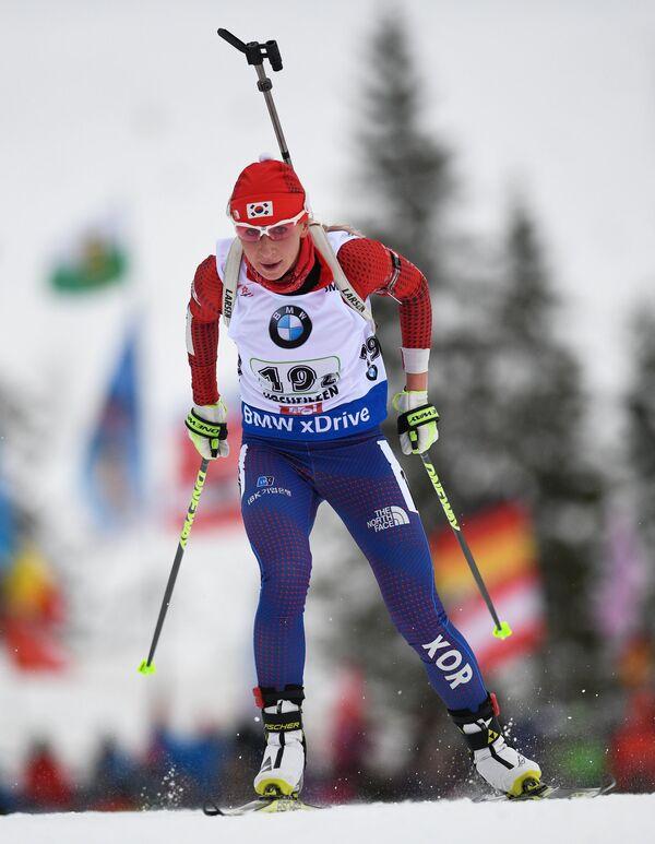 Биатлонистка сборной Южной Кореи Анна Фролина