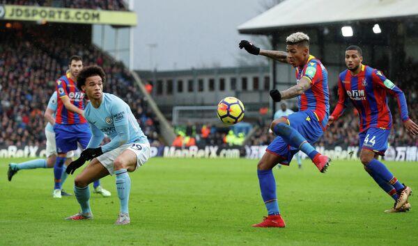 Игровой момент матча Кристал Пэлас - Манчестер Сити