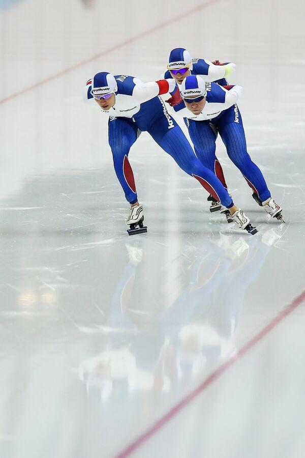 Слева направо: Екатерина Шихова, Наталья Воронина и Ольга Граф (Россия)
