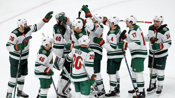 Хоккеисты клуба НХЛ Миннесота Уайлд