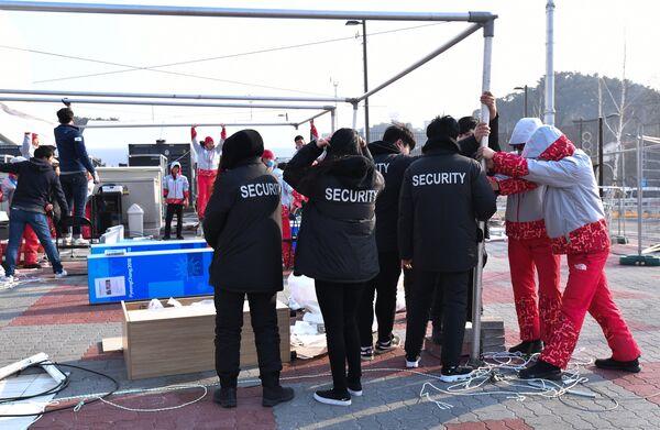 Эвакуация из-за непогоды пресс-центров на Олимпийских объектах в Канныне
