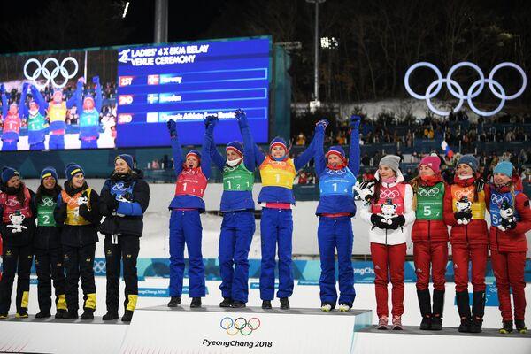 Призеры эстафетной лыжной гонки 4 х 5 км среди женщин на XXIII зимних Олимпийских играх в Пхенчхане