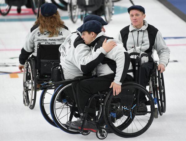 Российские атлеты Дарья Щукина, Марат Романов, Андрей Мещеряков и Константин Курохтин (слева направо)