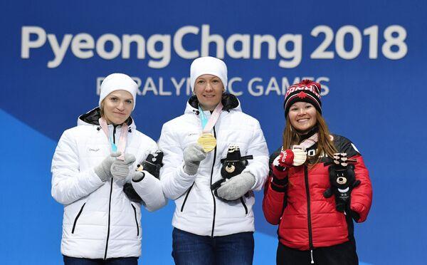 Екатерина Румянцева, Анна Миленина и Бриттани Худак (слева направо)