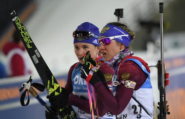 Ирина Услугина и Дарья Виролайнен (слева направо)