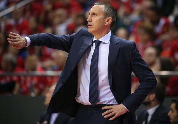 Главный тренер БК Дарюшшафака Дэвид Блатт