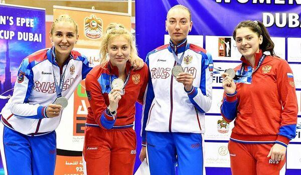 Российские шпажистки Виолетта Колобова, Виолетта Храпина, Татьяна Андрюшина и Айзанат Муртазаева (слева направо)