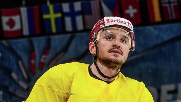 Защитник сборной России по хоккею Динар Хафизуллин