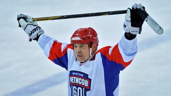 Хоккеист, комментатор телеканала «Россия-2» Виталий Прохоров