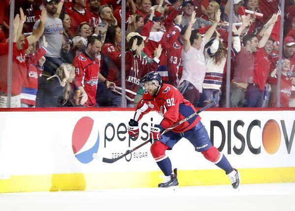 Нападающий клуба НХЛ Вашингтон Кэпиталз Евгений Кузнецов