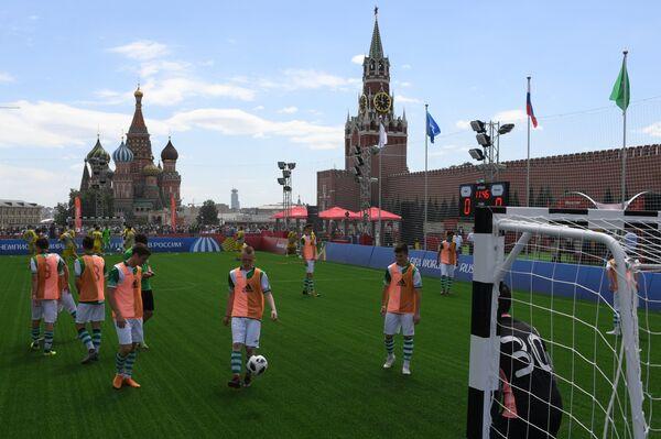 Парк футбола ЧМ-2018 на Красной площади в Москве