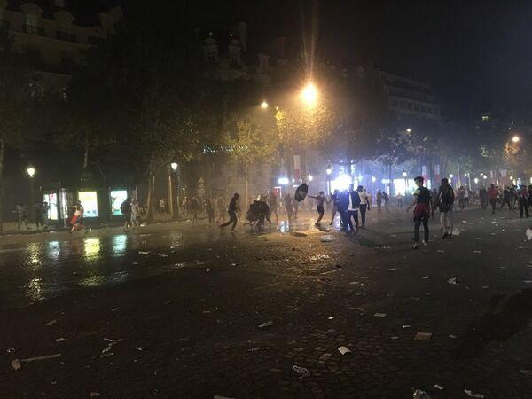 Беспорядки во Франции после победы сборной на ЧМ
