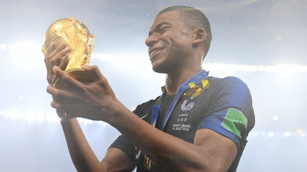 Нападающий сборной Франции Килиан Мбаппе