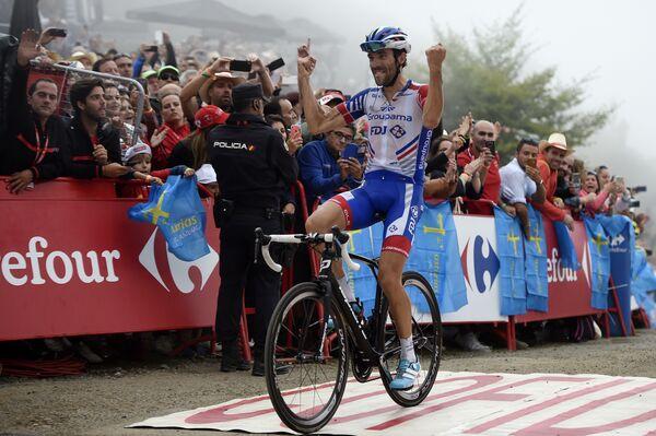 Французский велогонщик Тибо Пино