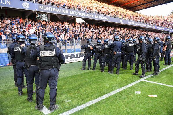 Беспорядки на матче «Монпелье» - «Ним»