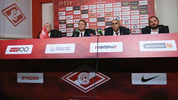 Сергей Родионов, Олег Кононов, Леонид Трахтенберг и Наиль Измайлов (слева направо)