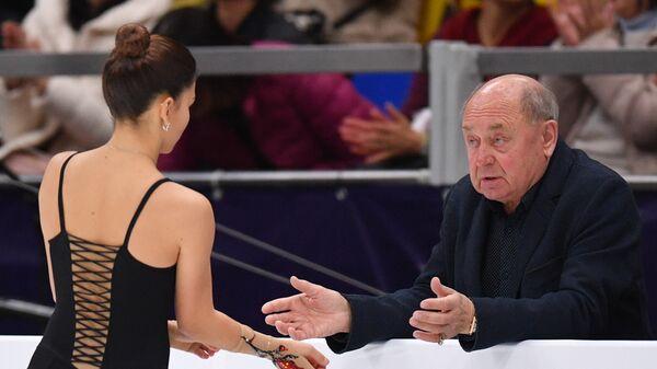 Софья Самодурова (слева) и тренер Алексей Мишин