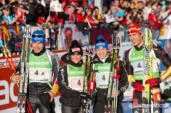 Немецкие биатлонисты Андреас Бирнбахер, Андреа Хенкель, Магдалена Нойнер и Арнд Пфайфер (слева направо)