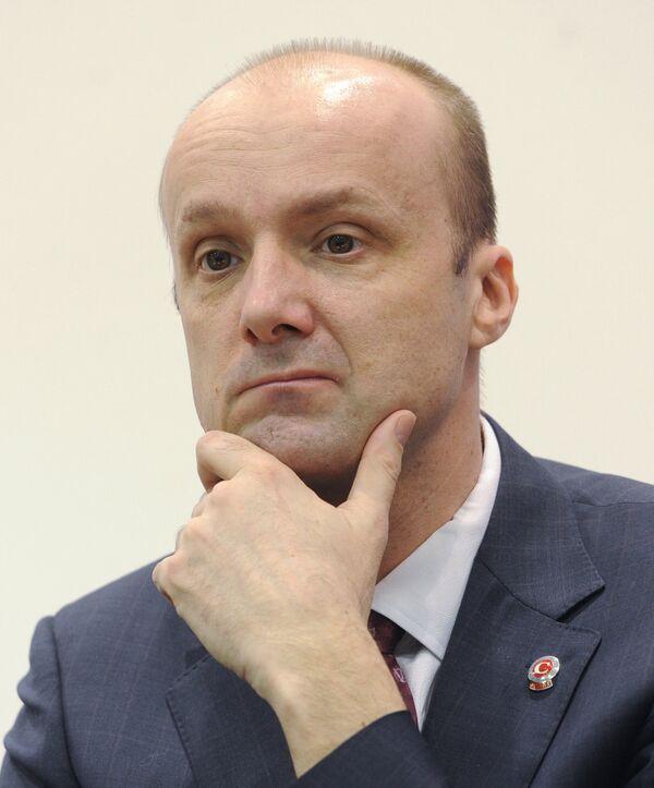 Юрий Здовц