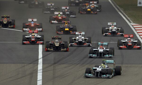 Cтарт гонки Гран-при Китая