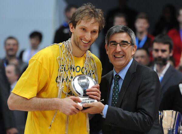 Зоран Планинич (слева)