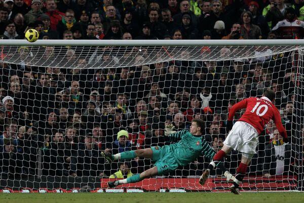 Фрагмент матча Манчестер Юнайтед - Арсенал