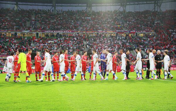 Российские и чешские футболисты