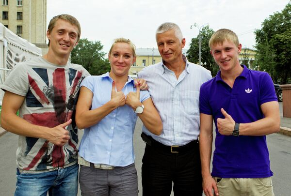 Члены олимпийской сборной по прыжкам на батуте