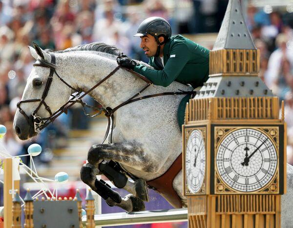 Cаудовский принц Абдулла аль-Сауд выступает на соревнованиях по конному спорту на Олимпийских играх в Лондоне