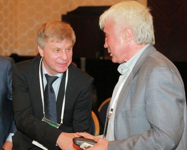 Николай Толстых и Евгений Ловчев (слева направо)