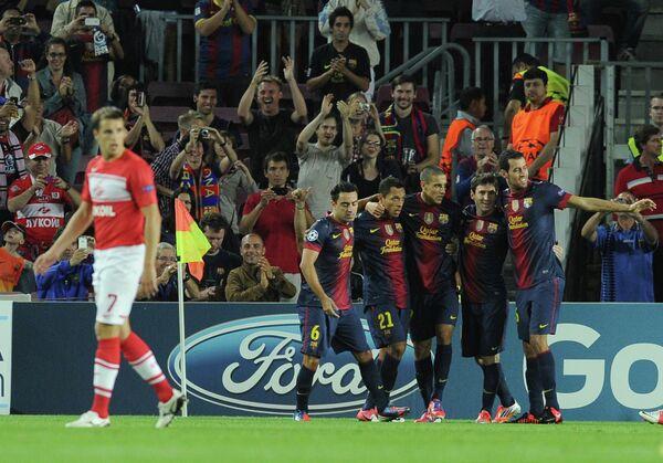 Футболисты Барселоны (справа)