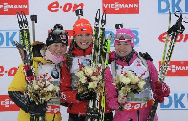 Мириам Гесснер, Габриэла Соукалова и Надежда Скардино (слева направо)