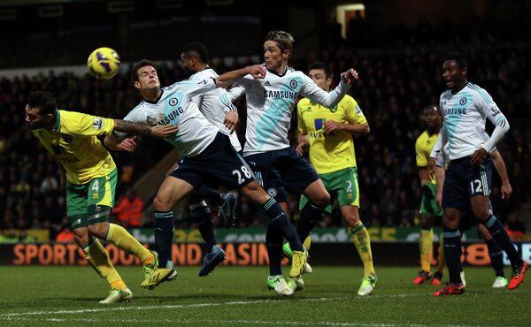 Игровой момент матча Норвич - Челси