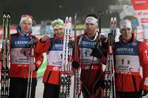 Хенрик Л'Абе-Лунд, Уле-Эйнар Бьорндален, Эмиль-Хегле Свендсен, Эрленд Бьонтегорд (слева направо)