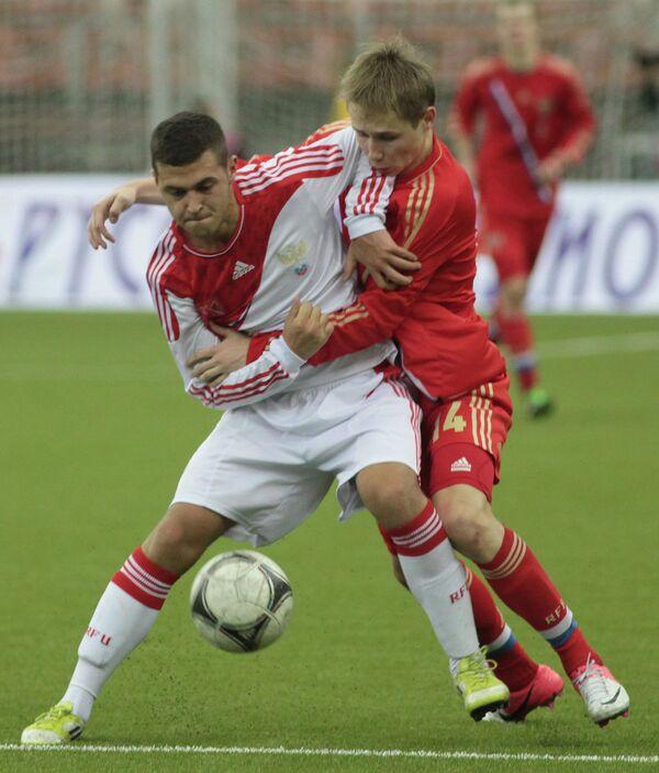 Дмитрий Ефремов (справа) и Максим Компанеец