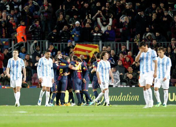 Игровой момент матча Барселона - Малага