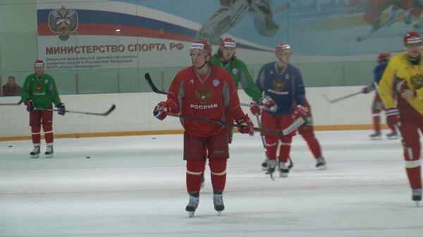 Билялетдинов рассказал, кто из хоккеистов сборной поедет на Шведские игры