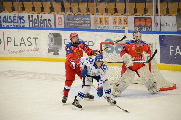 Игровой момент матча Россия-Финляндия