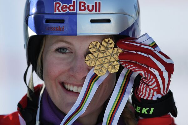 Швейцарская лыжница Фанни Смит