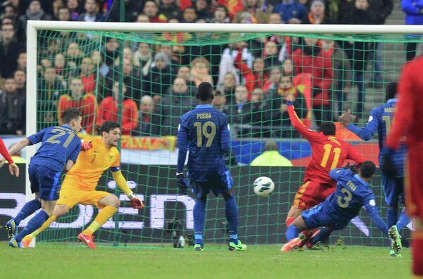 Игровой момент матча Франция-Испания