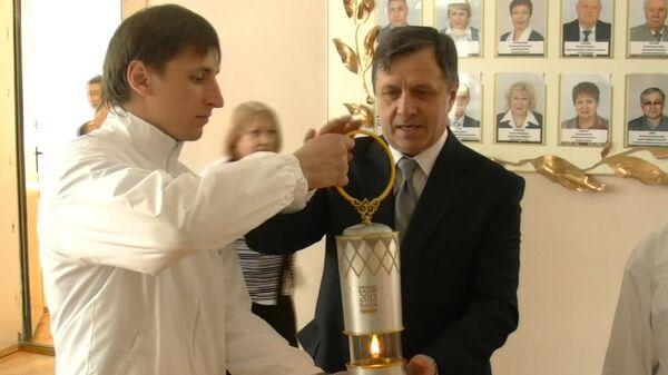 Хранители огня летней Универсиады уехали с ним из Хабаровска в Якутск