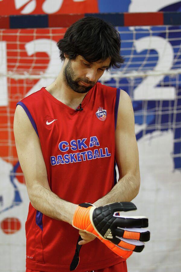 Милош Теодосич