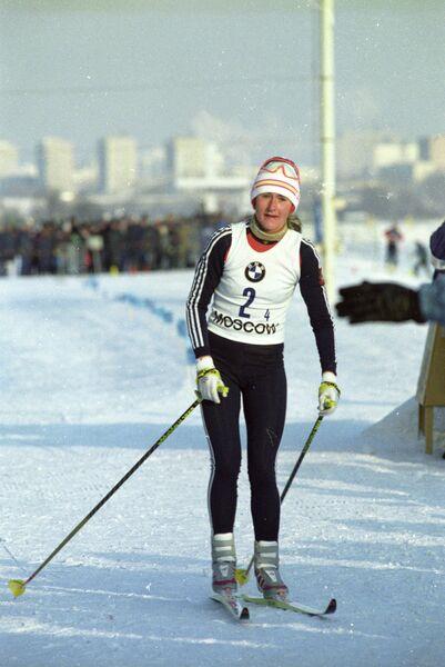 Елена Вяльбе на этапе Кубка мира по лыжному спорту