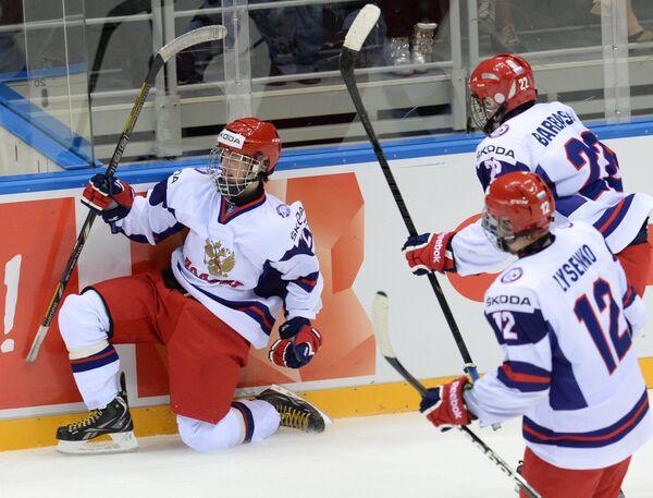 Владимир Ткачев, Владислав Лысенко и Иван Барбашев (слева направо)