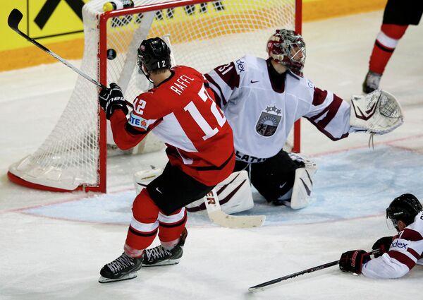 Игровой момент матча Австрия-Латвия