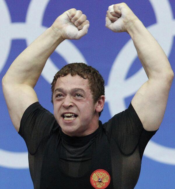 Российский тяжелоатлет Артем Окулов