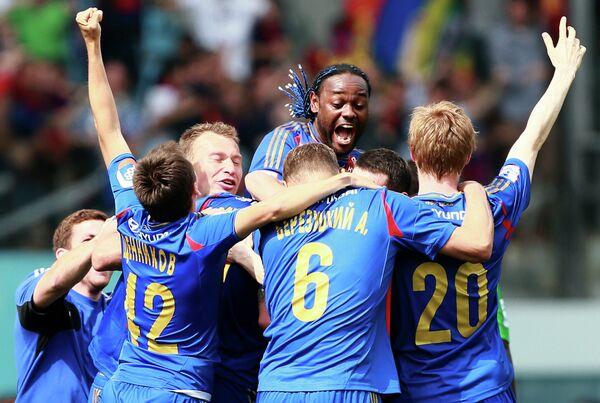 Футболисты ЦСКА радуются победе в чемпионате после ничьи с Кубанью