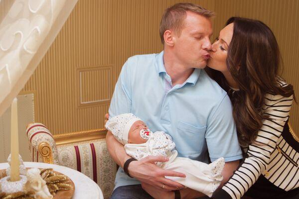 Вячеслав Малафеев с супругой Екатериной и сыном Алексом