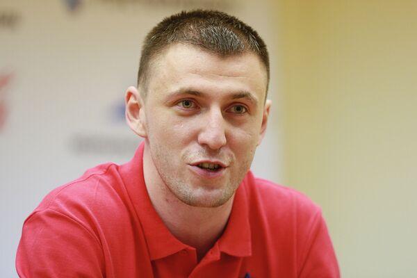 Виталий Фридзон